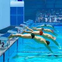Swimming Pool Race on 9Apps